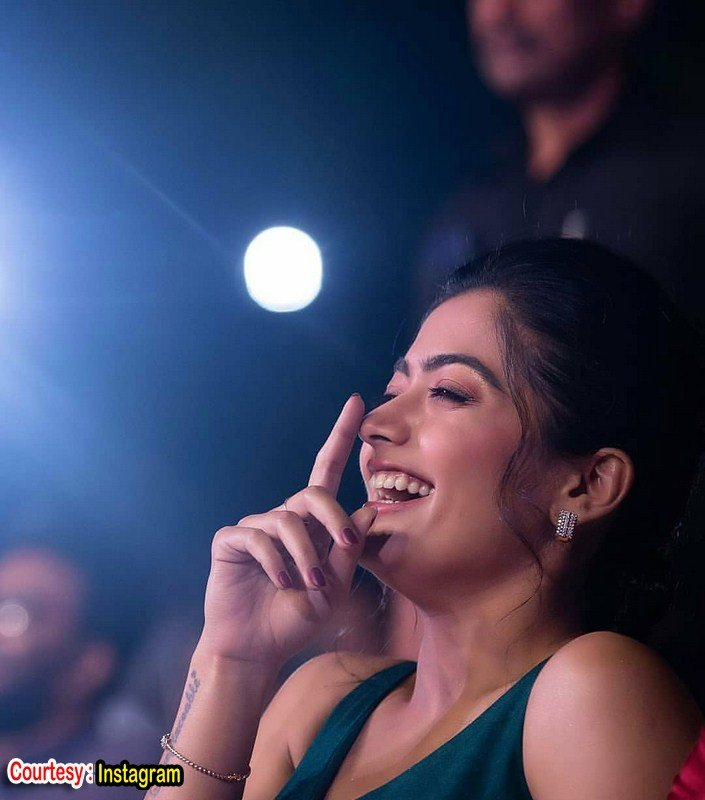 Sizzling pics of rashmika mandanna-Telugu Rashmika, Rashmika Mandanna, Rashmika Mandanna Latest Images, Rashmika Mandanna New Photos, Rashmika Mandanna New Pics, Photos,Spicy Hot Pics,Images,High Resolution WallPapers Download
