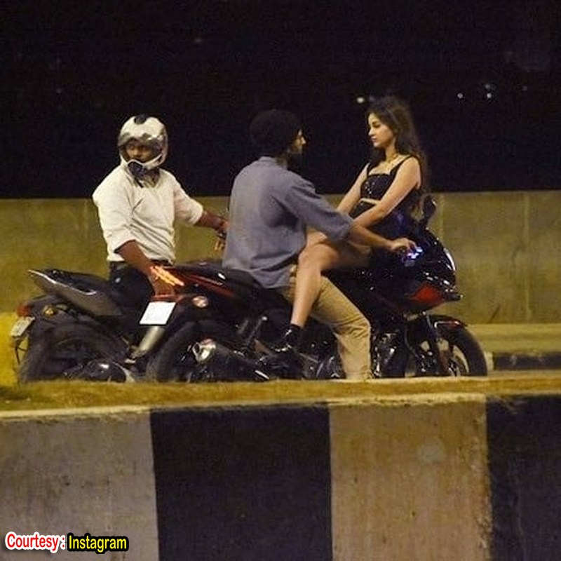Vijay devarakonda new movie working stills-Telugu Ananya Pandey, Vijay Devarakonda, Vijay Devarakonda Latest Movie Images, Vijay Devarakonda New Movie, , Vijay Devarakonda News Photos,Spicy Hot Pics,Images,High Resolution WallPapers Download
