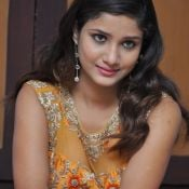 Aarthi New Stills- Photo 4 ?>
