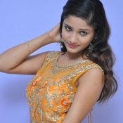 Aarthi New Stills- Pic 8 ?>