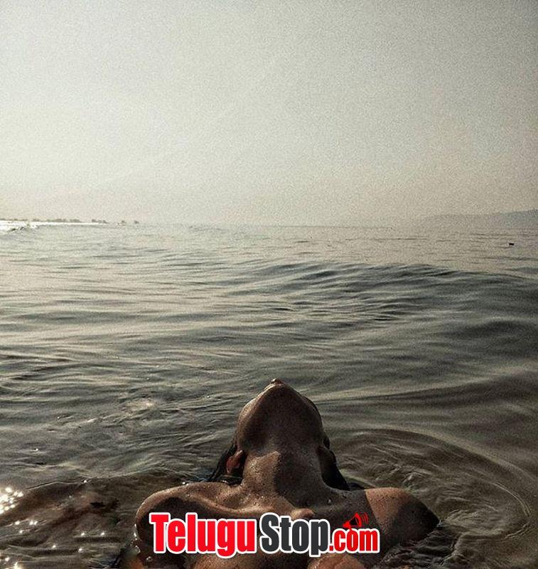 Aastha Sharan Hot Pics-