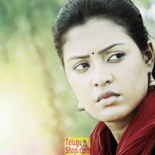 aavu-puli-madyalo-prabas-pelli-movie-stills05