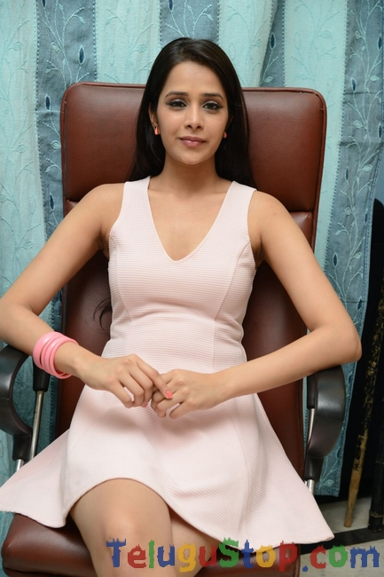 Abha singhal latest stills- Photos,Spicy Hot Pics,Images,High Resolution WallPapers Download
