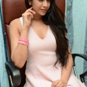 abha-singhal-latest-stills10