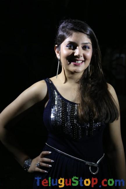 Actress ishitha gallery