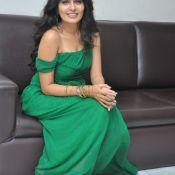 actress-madhumathi-latest-stills3