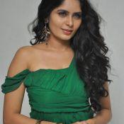 actress-madhumathi-latest-stills4