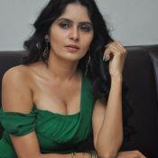 actress-madhumathi-latest-stills7