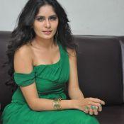 actress-madhumathi-latest-stills9