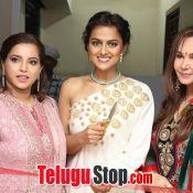 Actress Shraddha Srinath Photos- Pic 7 ?>