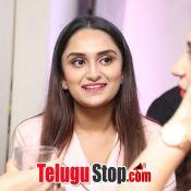 actress-shraddha-srinath-photos06