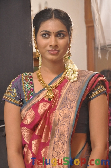 Actress siri sri Gallery-Actress Siri Sri Gallery-