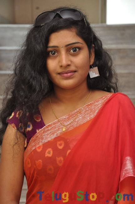 Actress sunitha stills- Photos,Spicy Hot Pics,Images,High Resolution WallPapers Download