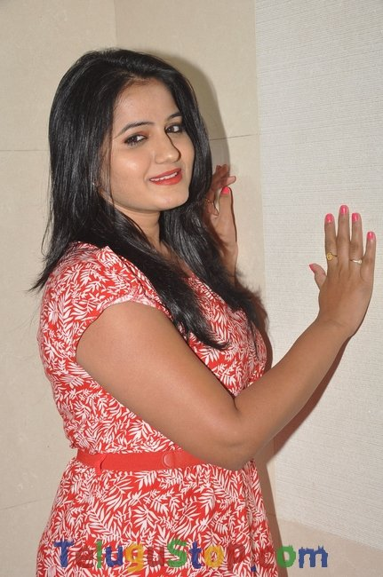 Actress tanusha stills- Photos,Spicy Hot Pics,Images,High Resolution WallPapers Download