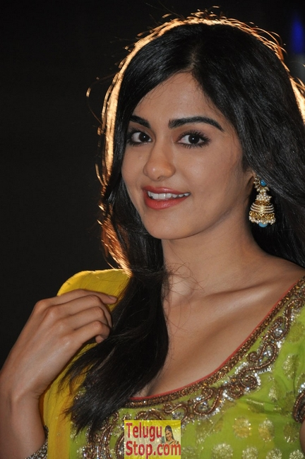 Adah sharma stills 3- Photos,Spicy Hot Pics,Images,High Resolution WallPapers Download