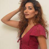 Aditi Tiwari New Photos- Hot 12 ?>