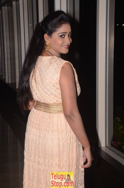 Aishwarya new pics- Photos,Spicy Hot Pics,Images,High Resolution WallPapers Download