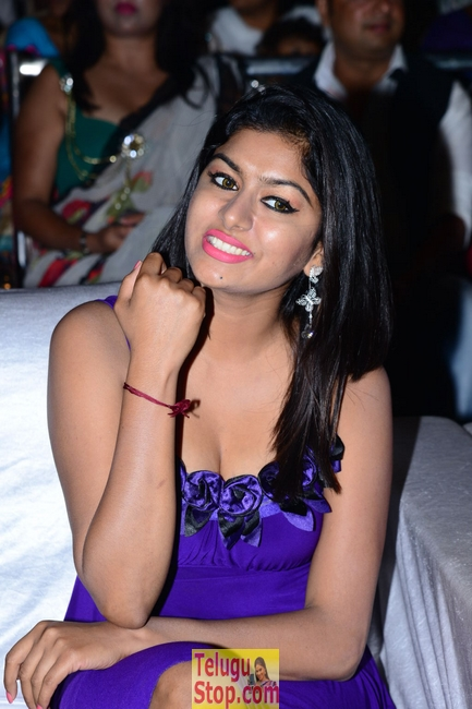 Akshatha new stills- Photos,Spicy Hot Pics,Images,High Resolution WallPapers Download