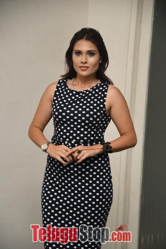 Alexius Macleod New Stills-Alexius Macleod New Stills--Telugu Actress Hot Photos Alexius Macleod New Stills-