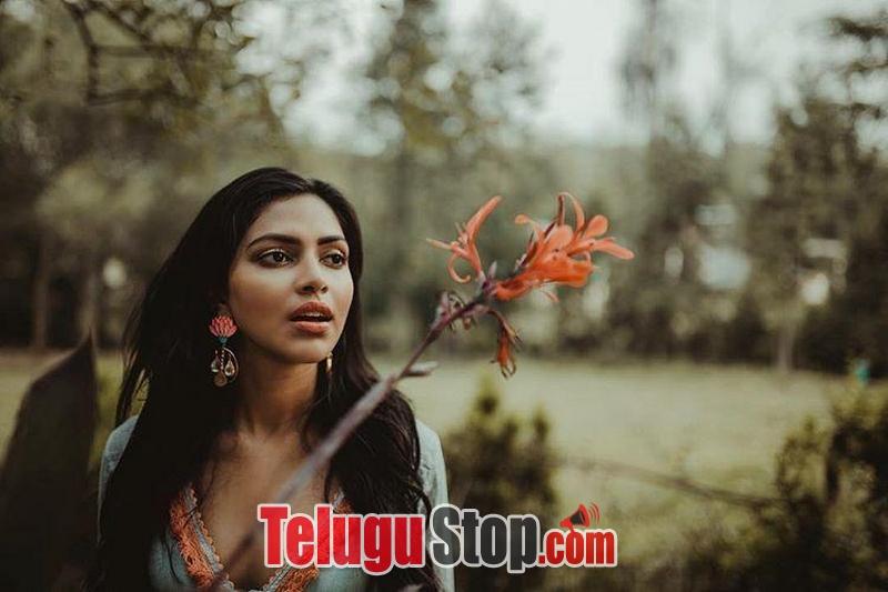 Amala Paul Latest Unseen Photos-