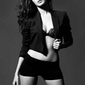 Amyra Dastur Hot Pics Photo 4 ?>