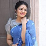 anchor-sreemukhi-latest-pics04
