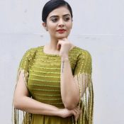anchor-sreemukhi-latest-pics21