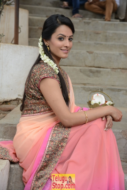 Anitha Latest Stills-Anitha Latest Stills-