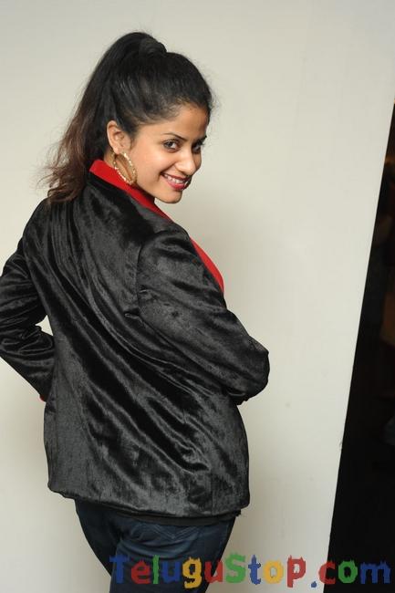 Anukriti New Pics-Anukriti New Pics--Telugu Actress Hot Photos Anukriti New Pics-