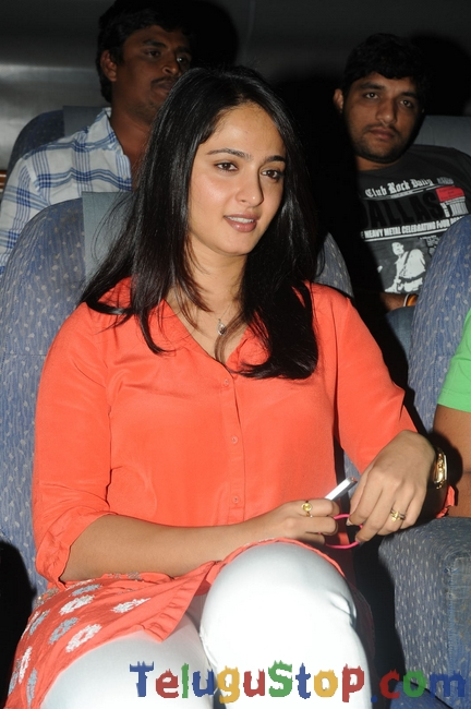 Anushka Latest Stills-Anushka Latest Stills-