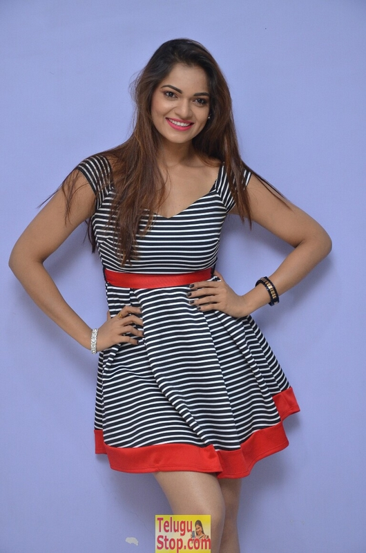 Ashwini latest stills 3- Photos,Spicy Hot Pics,Images,High Resolution WallPapers Download
