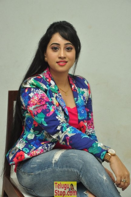 Ashwini new pics- Photos,Spicy Hot Pics,Images,High Resolution WallPapers Download