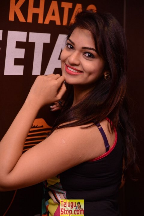 Ashwini new stills- Photos,Spicy Hot Pics,Images,High Resolution WallPapers Download