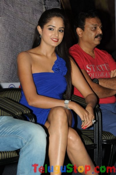 Asmita sood latest gallery- Photos,Spicy Hot Pics,Images,High Resolution WallPapers Download