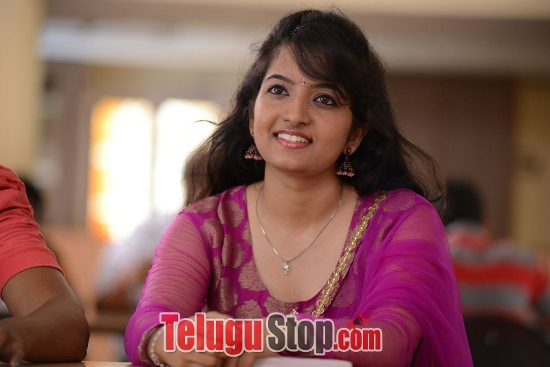 B tech babulu movie stills 2- Photos,Spicy Hot Pics,Images,High Resolution WallPapers Download