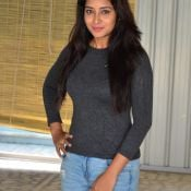 bhanu-tripathri-latest-pics01