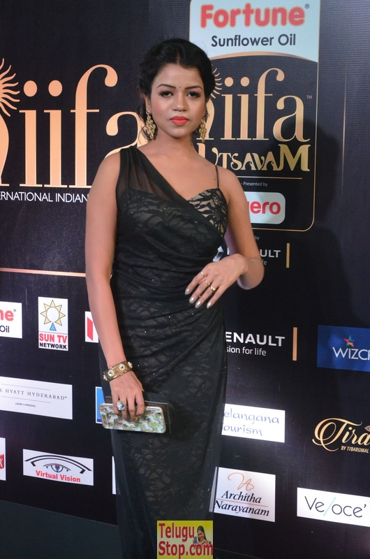 Bhavya sri latest stills 3- Photos,Spicy Hot Pics,Images,High Resolution WallPapers Download