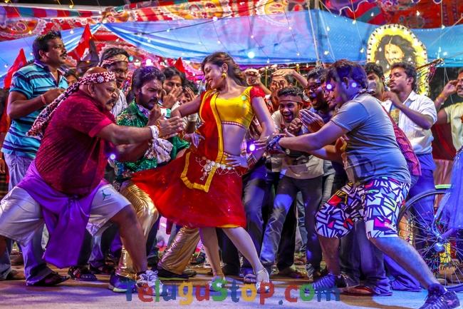 Billa ranga movie new stills- Photos,Spicy Hot Pics,Images,High Resolution WallPapers Download