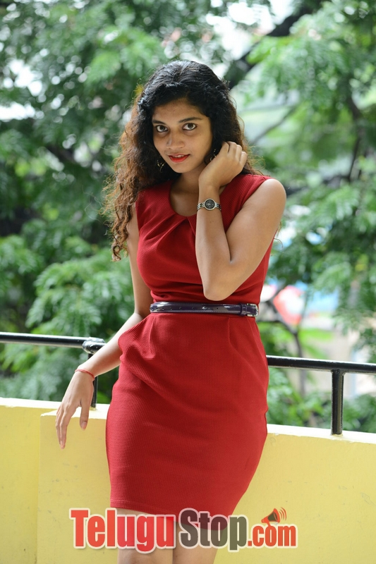 Bindhu barbie stills- Photos,Spicy Hot Pics,Images,High Resolution WallPapers Download