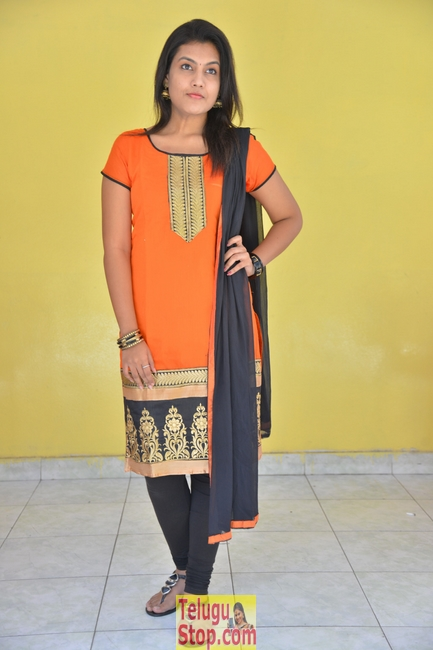 Chandana raj new stills- Photos,Spicy Hot Pics,Images,High Resolution WallPapers Download