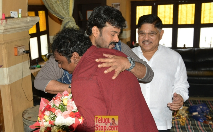 Chiranjeevi 150th movie working stills- Photos,Spicy Hot Pics,Images,High Resolution WallPapers Download