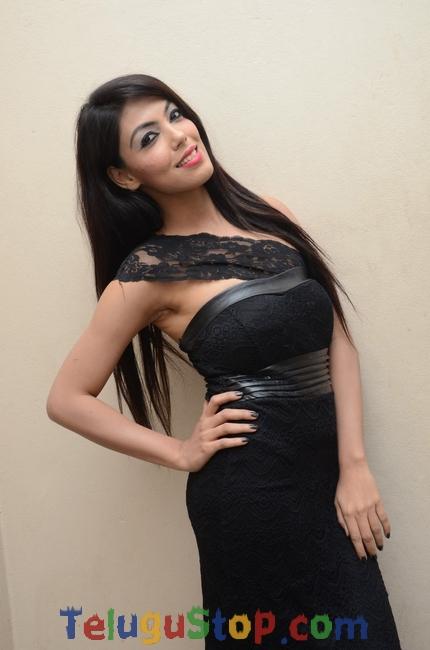 Deepa Devendra Stills-Deepa Devendra Stills-