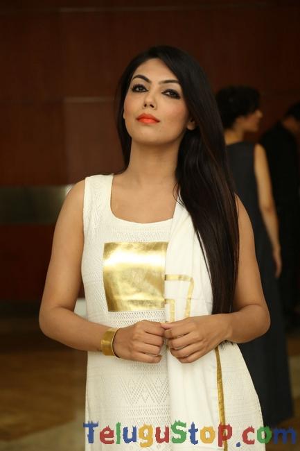 Deepa Stills-Deepa Stills-