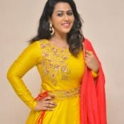 diana-champika-new-stills16