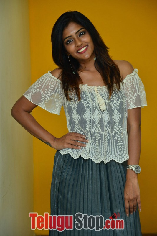 Eesha new gallery- Photos,Spicy Hot Pics,Images,High Resolution WallPapers Download