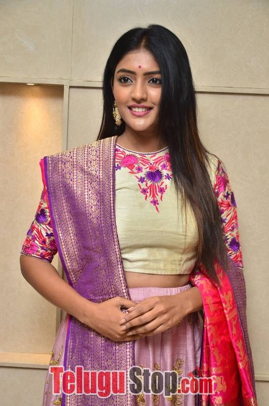 Eesha rebba new stills 3- Photos,Spicy Hot Pics,Images,High Resolution WallPapers Download