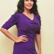 Flora Saini New Images Pic 8 ?>