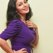 Flora Saini New Images Hot 12 ?>