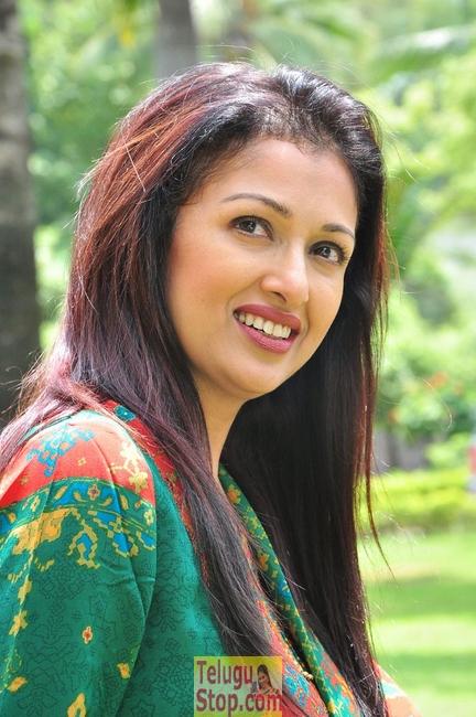 Gautami-Gautami--Telugu Actress Hot Photos Gautami-