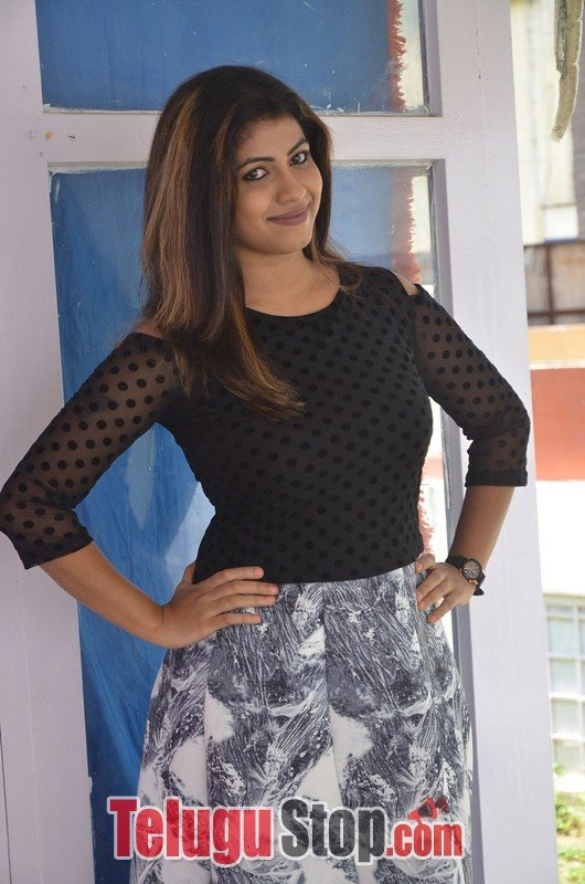 Geethanjali Latest Stills-Geethanjali Latest Stills-